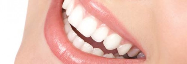 Smile From an AACD Member Cosmetic Dentist